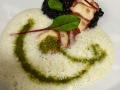Marinovaná sepie na sepiovém risottu s fenyklovou a mátovou pěnou