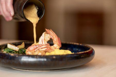 Šafránové risotto, červené argentinské krevety2